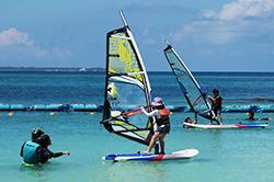 小孩帆板體驗