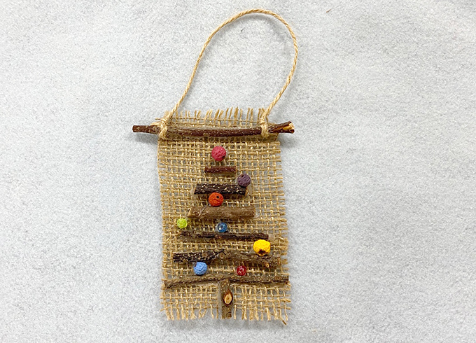 The making of mini-Christmas tapestry
