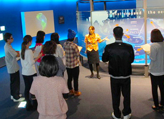Guided tour in hall