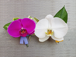 It is made with mini-corsage with flower