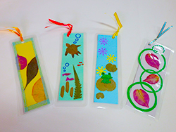 The making of bookmark original with pressed flower