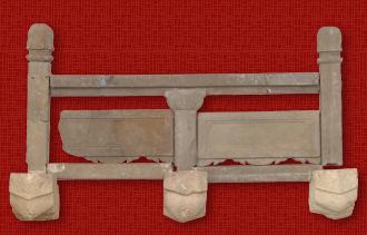 被发掘的首里城正殿的栏杆(rankan)