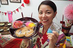 琉球琉球燒酒和琉球點心的有點富裕的下午
