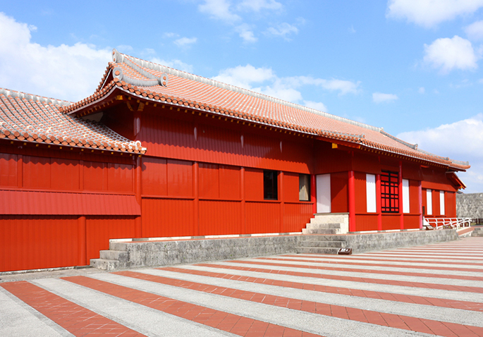 The Shurijo Castle Kita lacquering rectification work end, news of use of Kita observation deck resumption